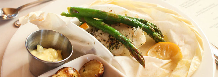 Roasted potatoes, cod and asparagus