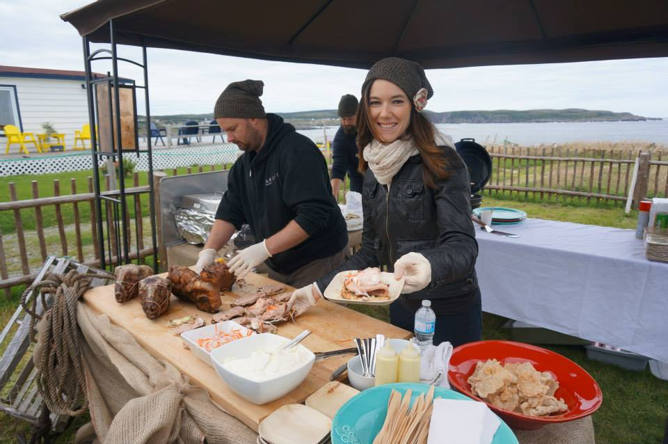 Food being served by the ocean at Roots Rants and Roars