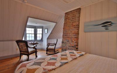 Queen Bedroom Loft